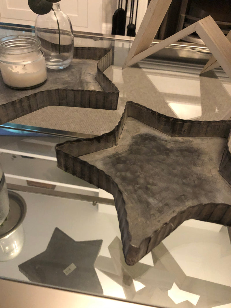 Medium Rustic Metal Star Tray