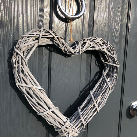 Grey wash rattan heart 40cm