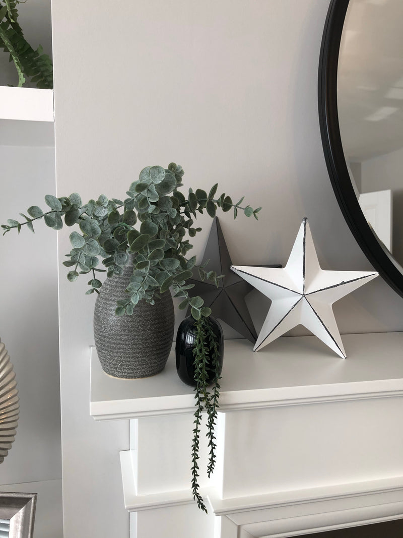 White metal barn star 20cm