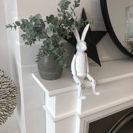 White jointed rabbit shelf sitter