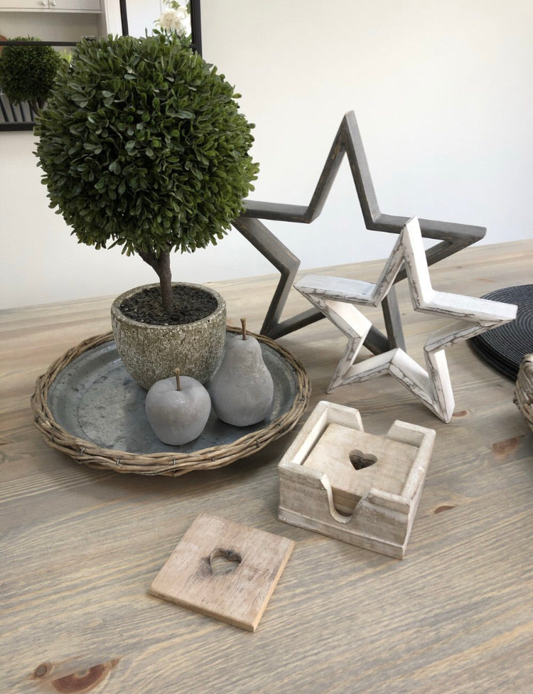 Small white mango wood star