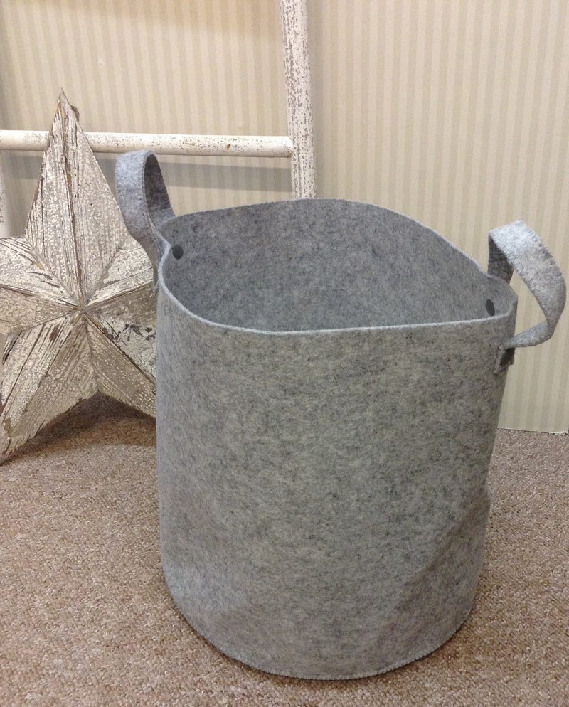 Medium grey felt basket