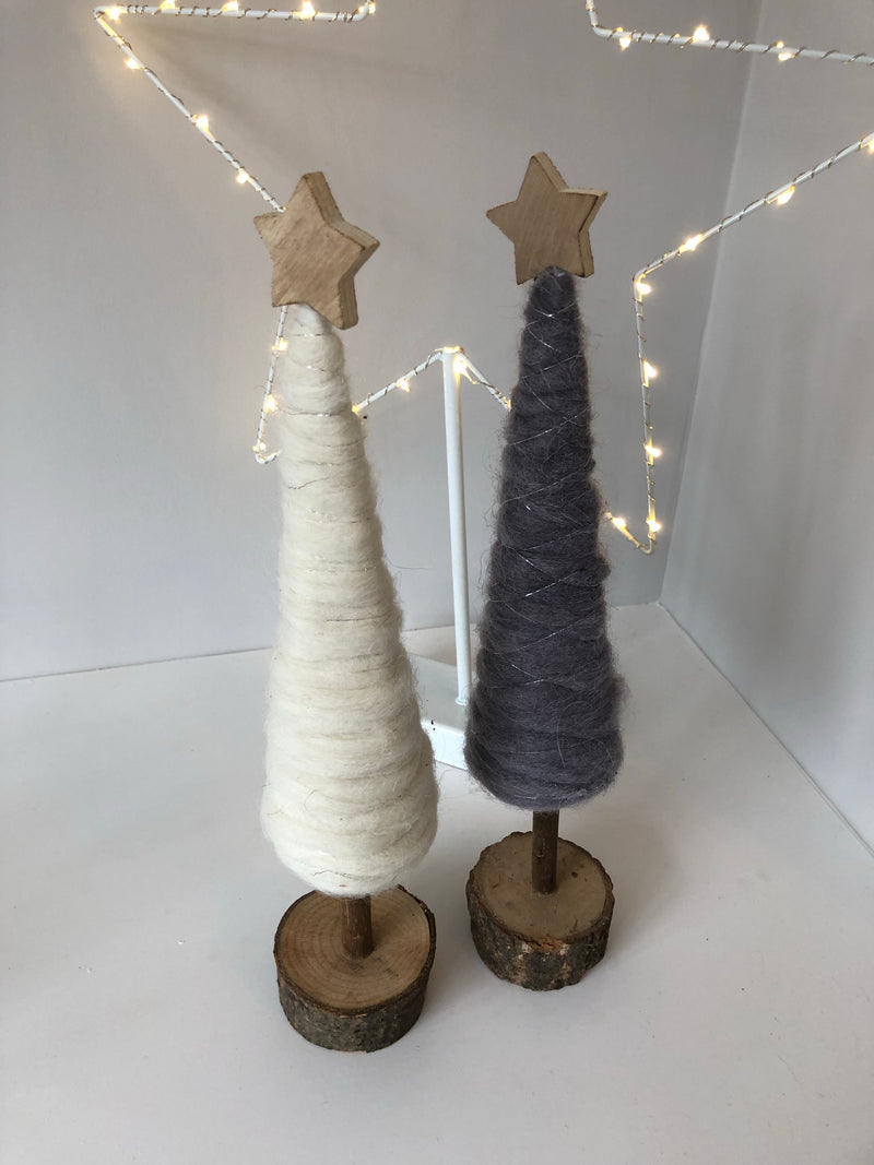 Woollen tree decoration mixed