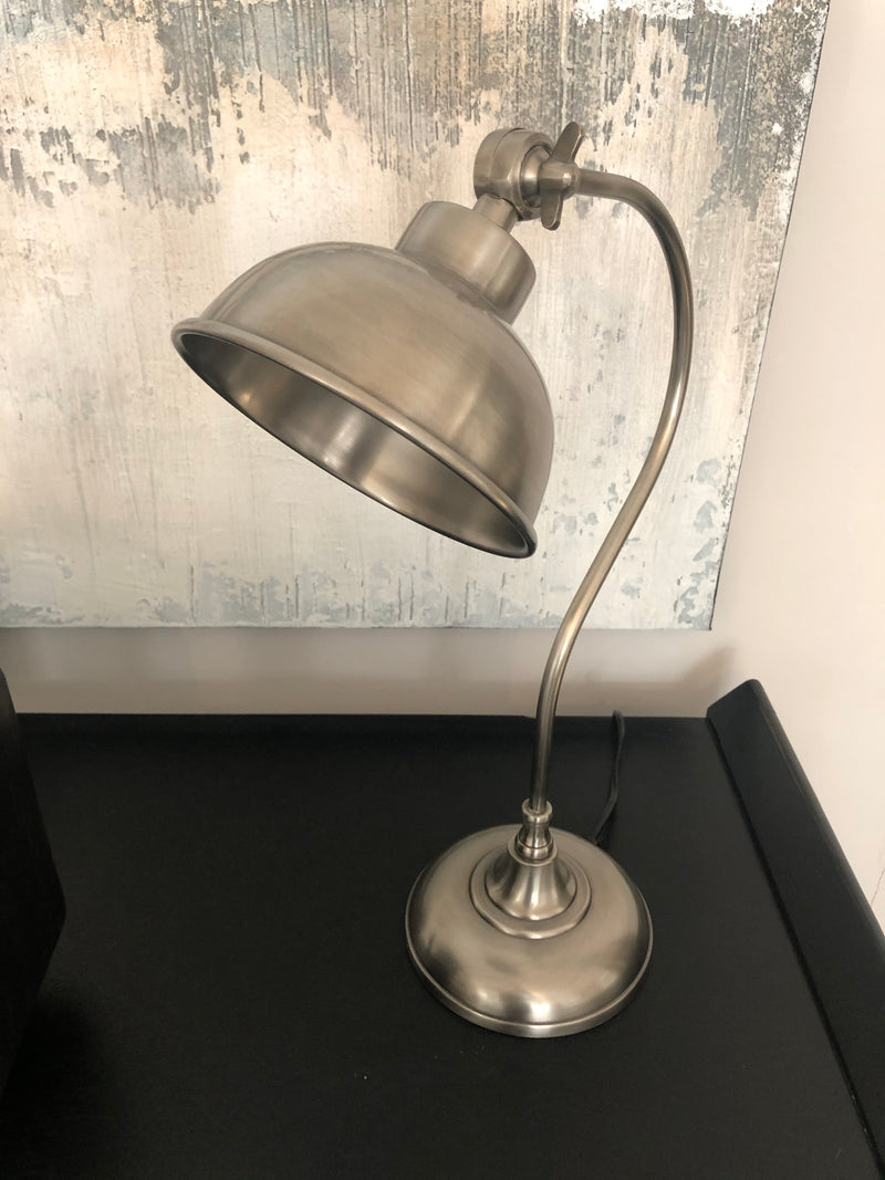 Antique Matt silver metal task table lamp