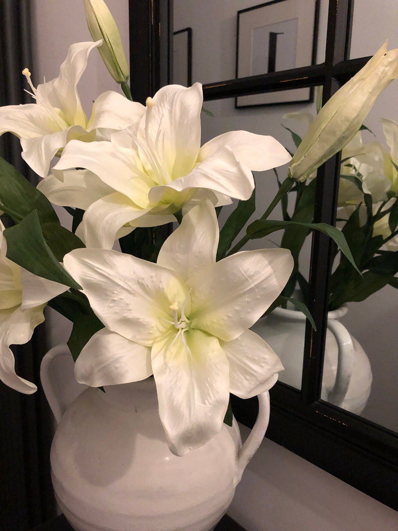Large White Lily