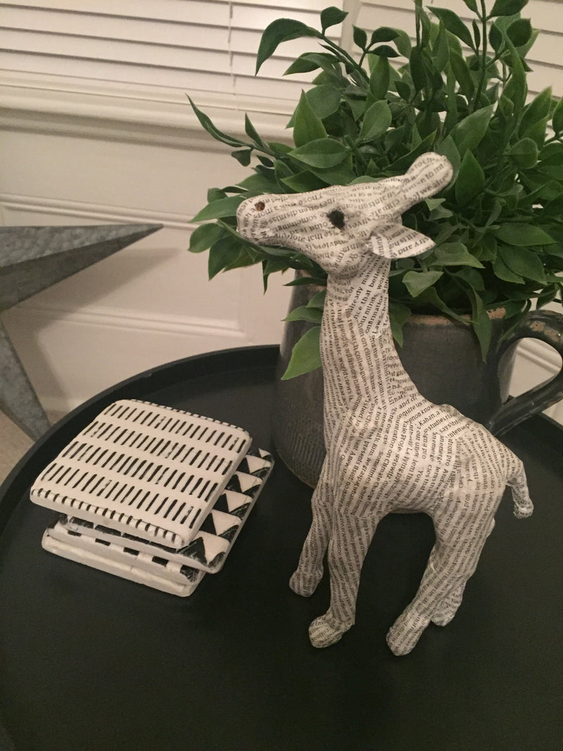Newsprint Giraffe