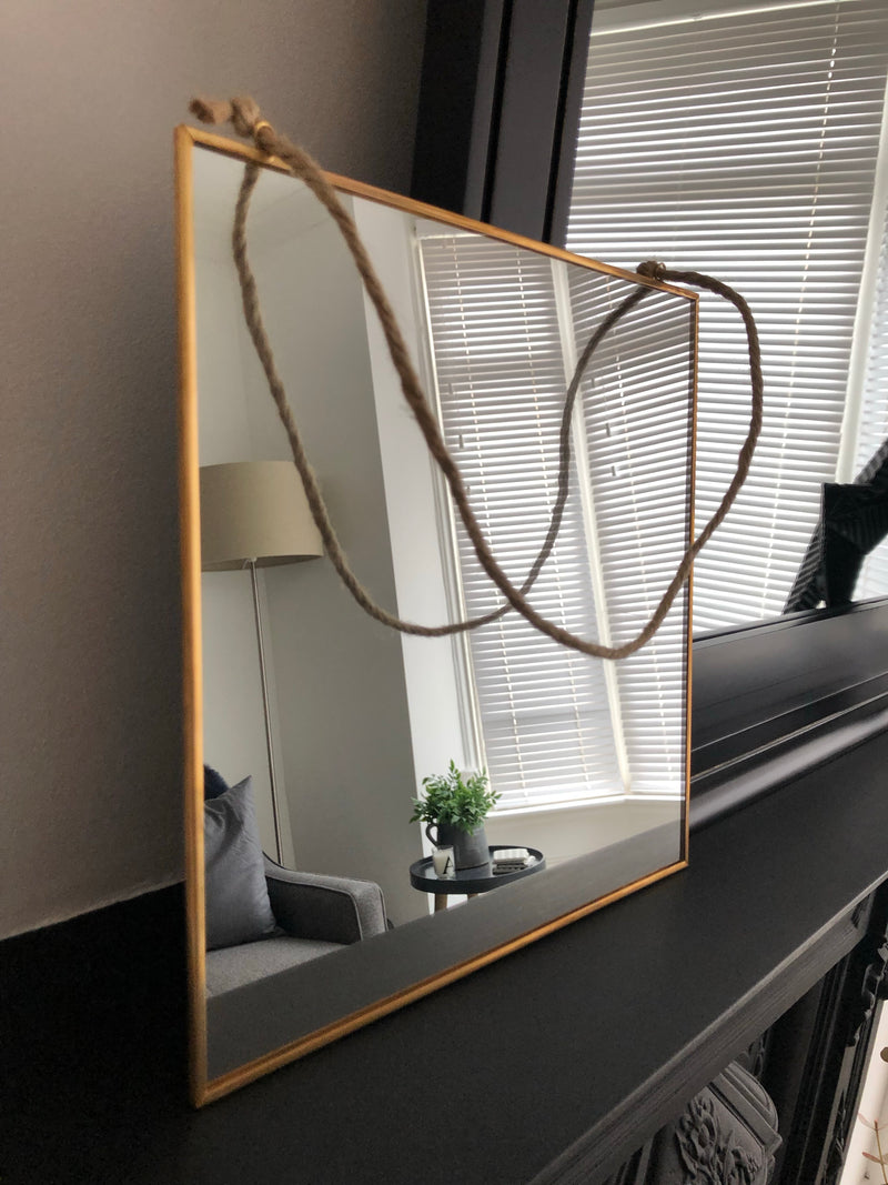 Square simple Gold Mirror