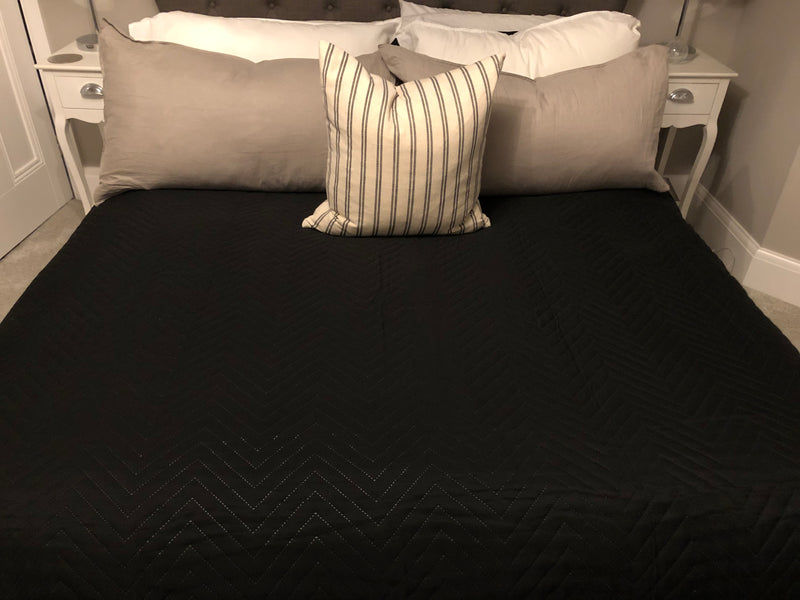 Black king double size large quilt bedspread throw 230cm by 200cm