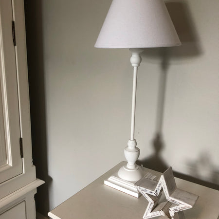 Slim white table lamp Symi