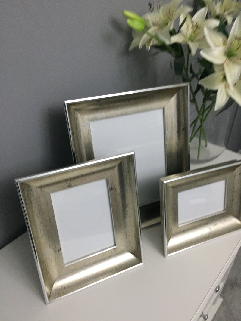 "Double Photo Frame (4"" x 6"") - Champagne"