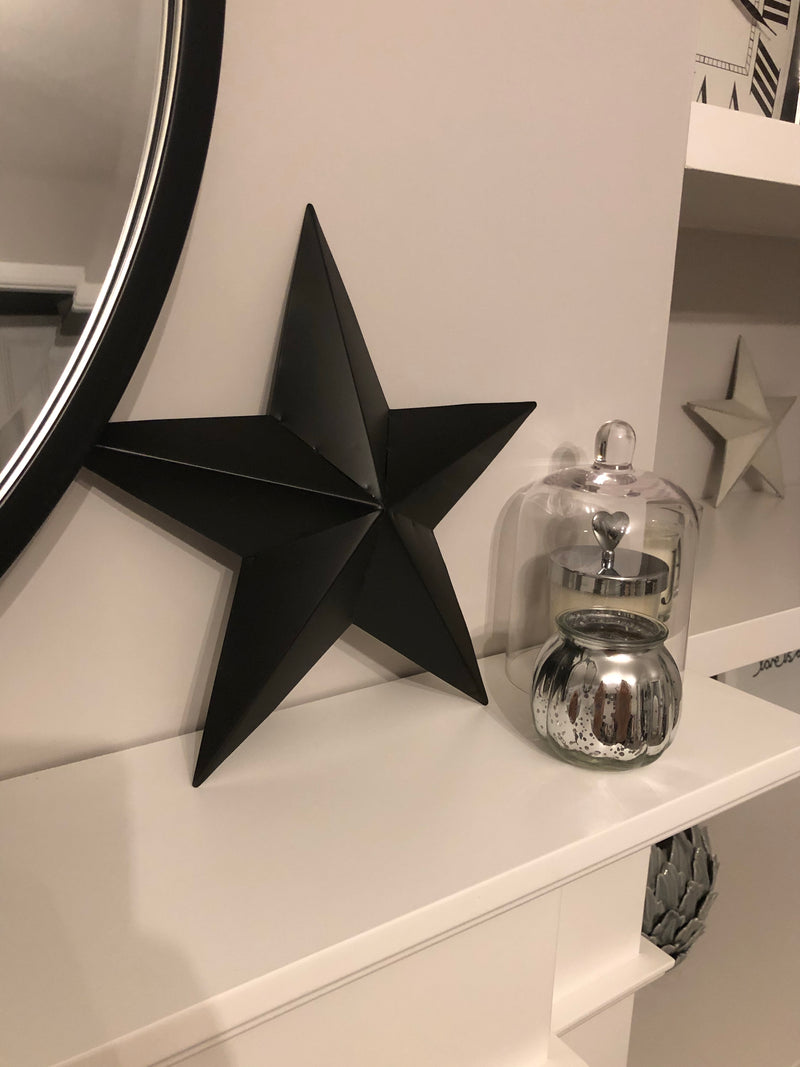 Black metal barn star 30cm