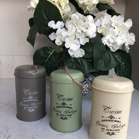 Garden twine in tin cream
