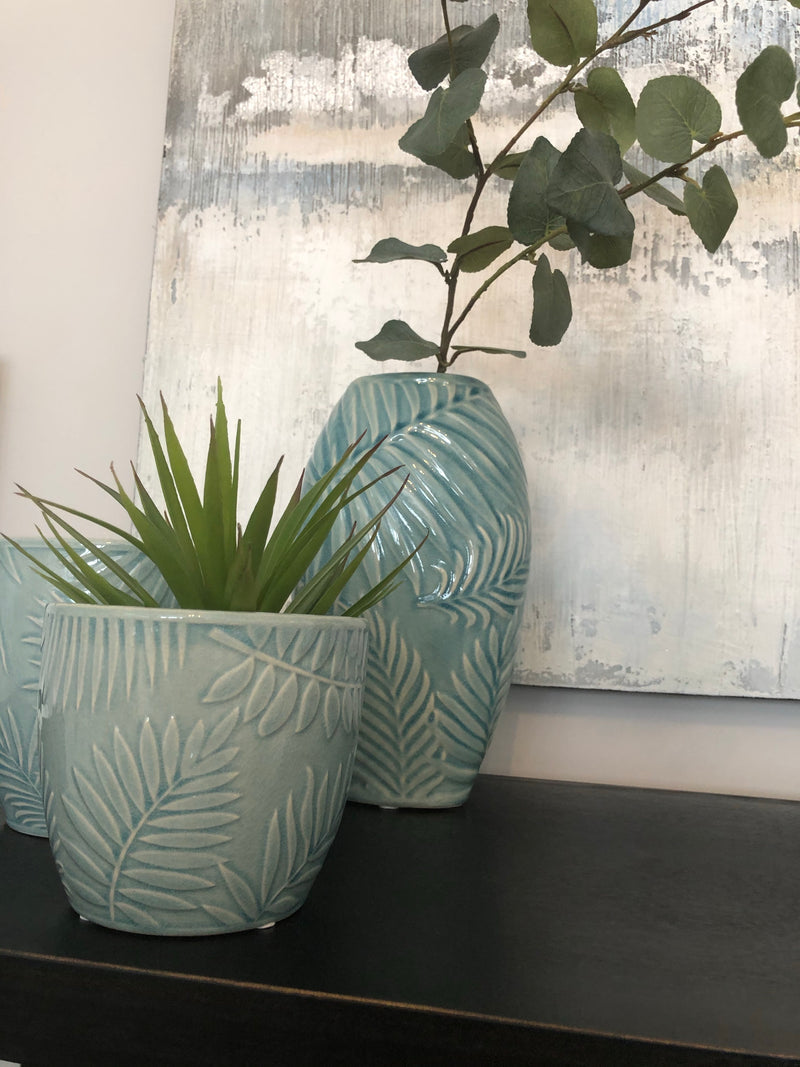 Pale Blue Leaf Pot small