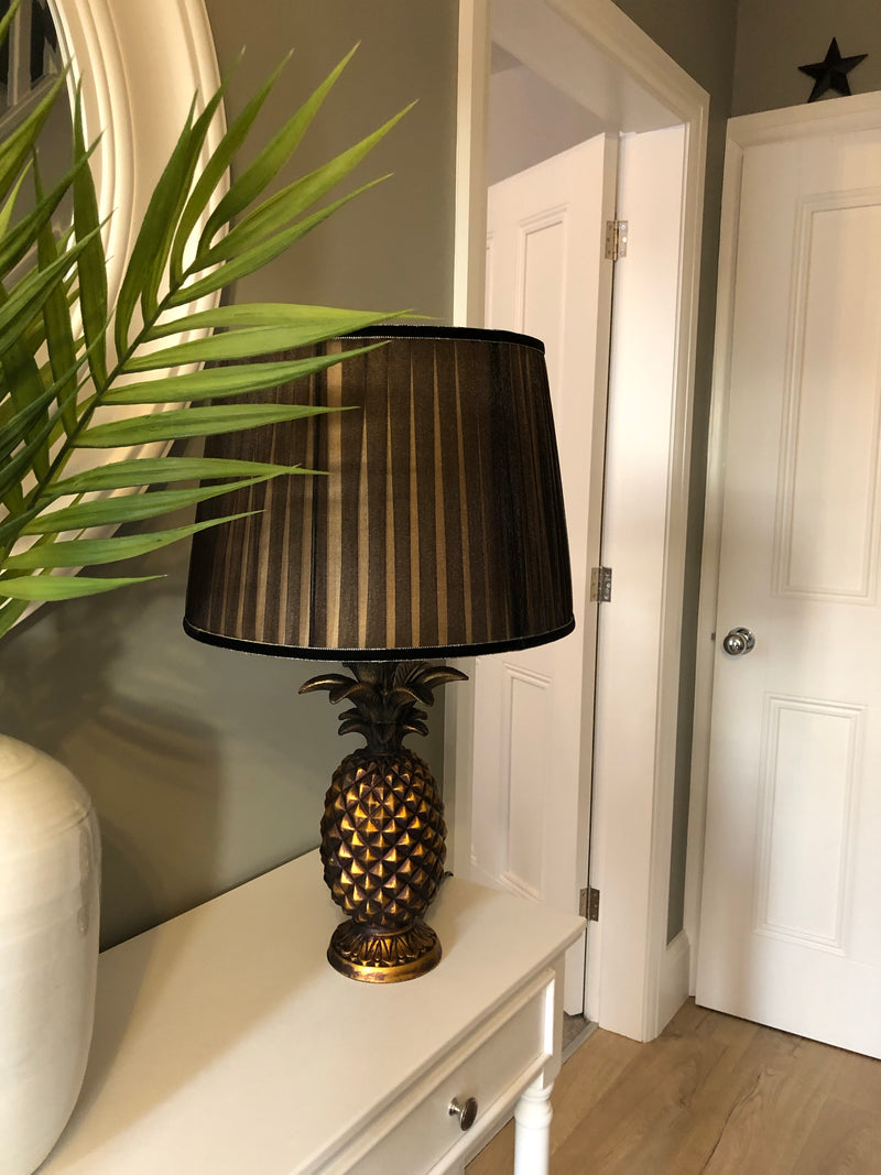 Gold bronze pineapple lamp