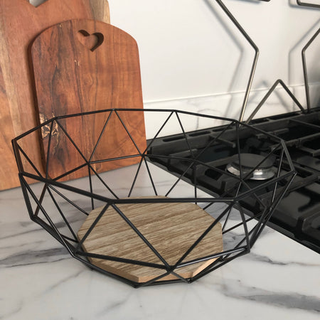 Geometric wire fruit bowl