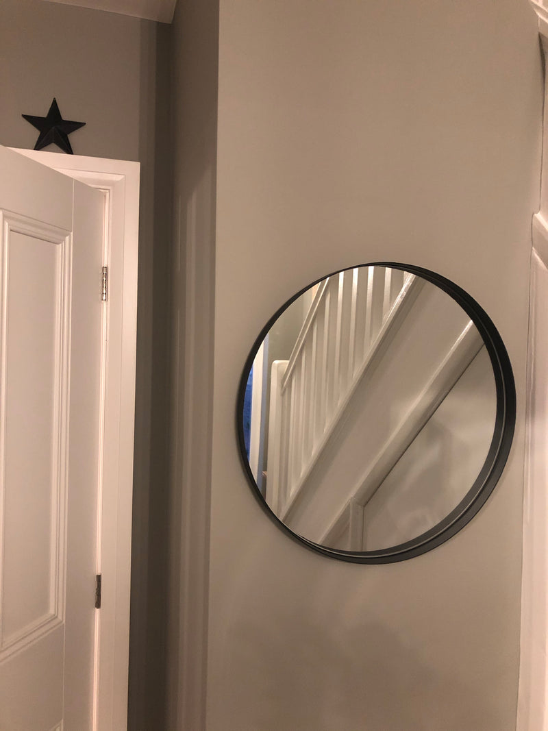 Black simple round mirror 60cm