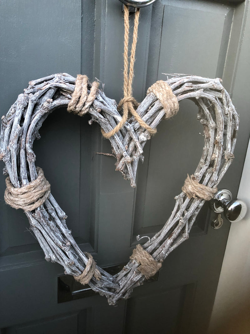 Rope tied willow woven twig heart