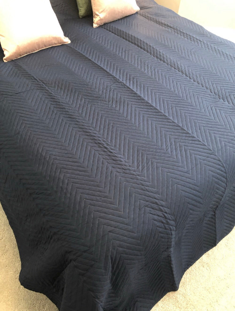 Navy blue king double quilt throw bedding 260cm by 240cm