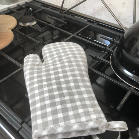 Dove grey gingham check oven glove gauntlet