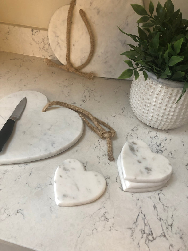 Medium heart marble chopping board