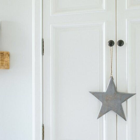 Medium grey wood solid hanging star