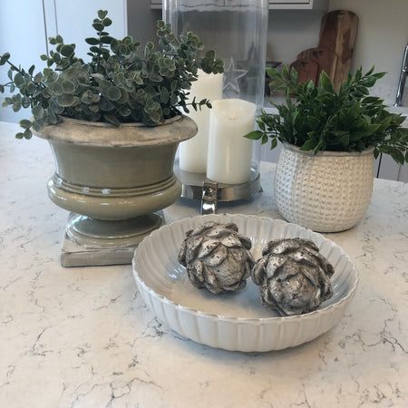 Stone decorative artichoke