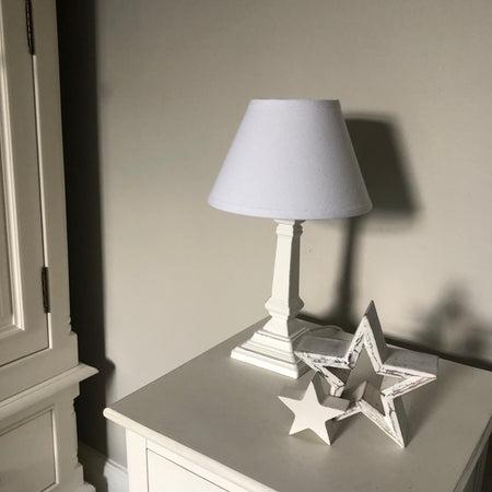 Short white wood lamp Amalfi