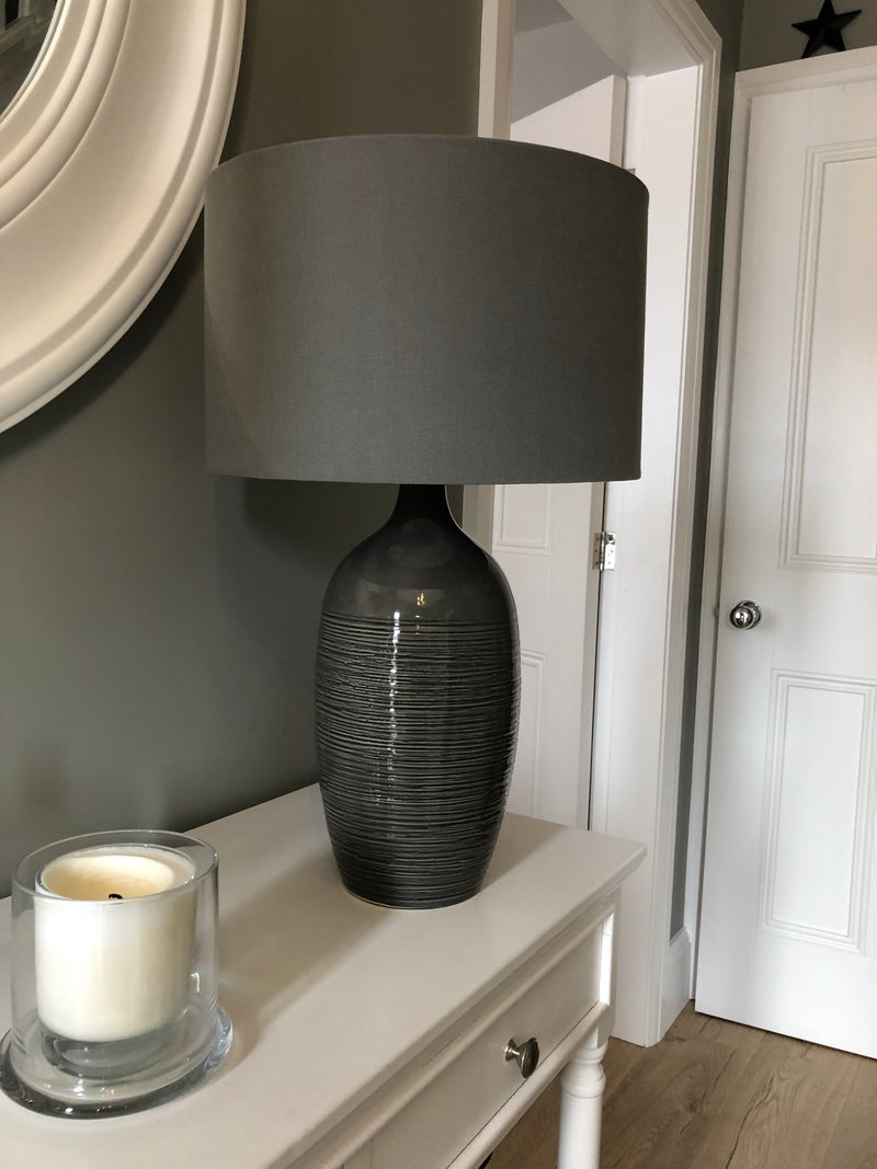Etched graphite ceramic table lamp