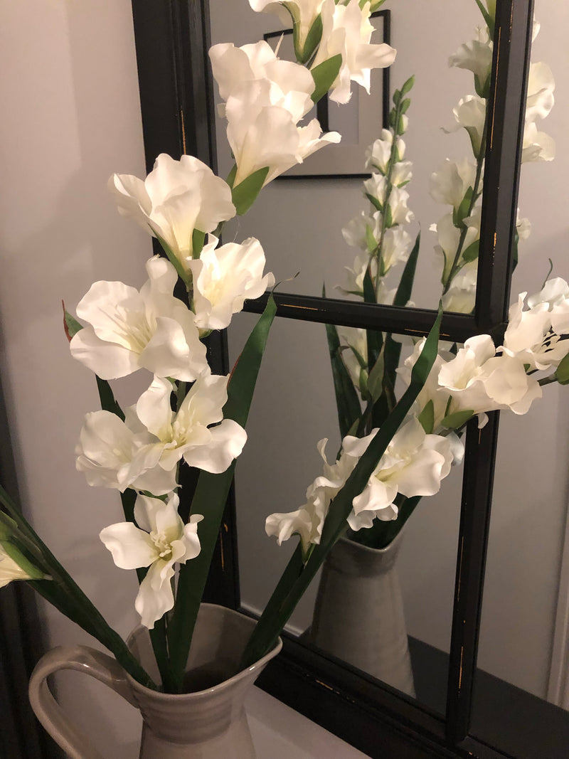 White Gladioli single stem