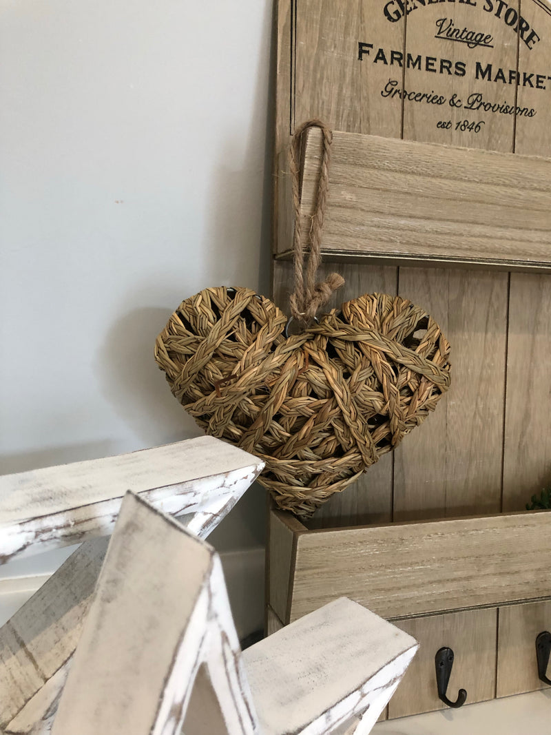 Straw Hanging Heart