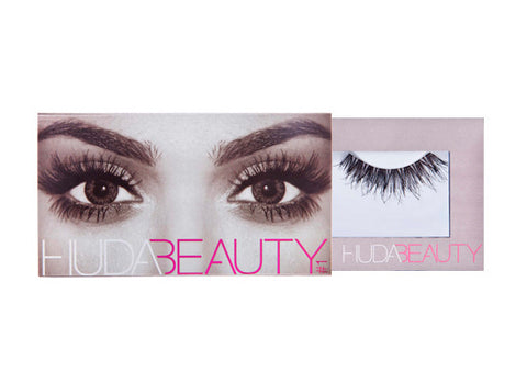 Huda Beauty Giselle #1 Lashes - Glammua