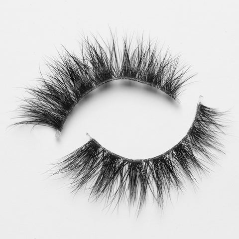 Lilly Lashes 3D Mink Lashes MakeupBySamuel - Glammua