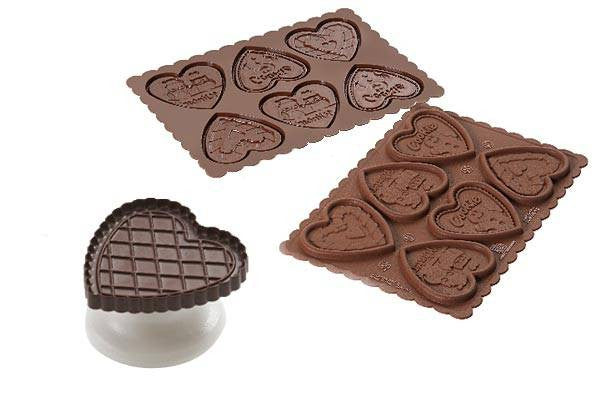 Chocolate Mould with Cutter Cookie Hearts