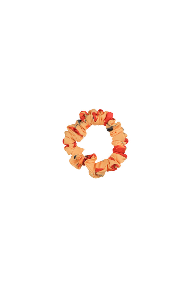 scrunchie (peach rust floral)