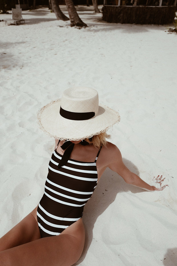 One Piece (Black Cream Stripe)