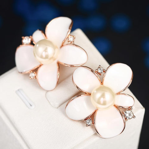 18K Rose Gold Ivory Floral Petal with Pearl Centerpiece Made with Swarovksi Elements - rubiquejewelry.com