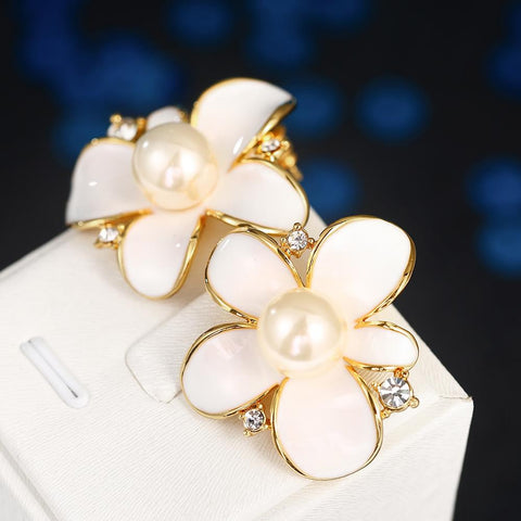 18K Gold Ivory Floral Petal with Pearl Centerpiece Made with Swarovksi Elements - rubiquejewelry.com