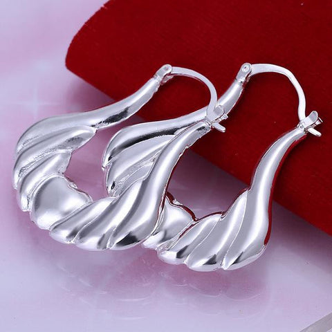 Sterling Silver Seashell Design Hoops - rubiquejewelry.com