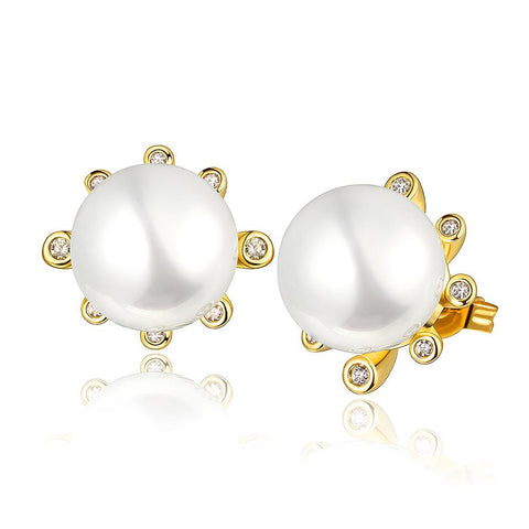 18K Gold Pearl Centerpiece Stud Earrings Made with Swarovksi Elements - rubiquejewelry.com