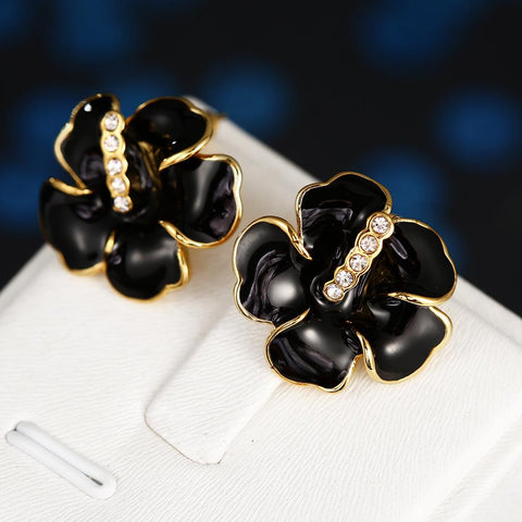 18K Gold Floral Onyx Stud Earrings Made with Swarovksi Elements - rubiquejewelry.com