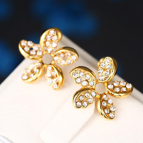 18K Gold Intertwined Rose Petal Studs Made with Swarovksi Elements - rubiquejewelry.com