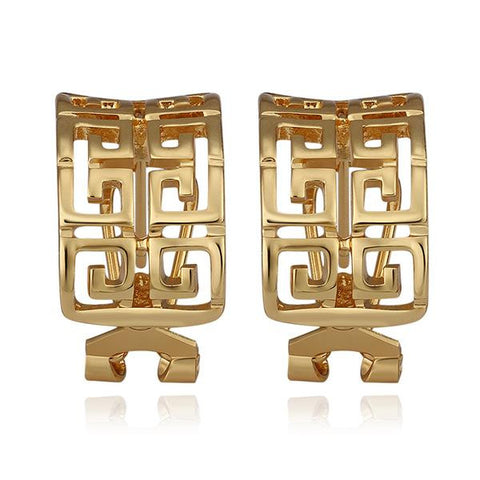 18K Gold Oriental Design Stud Earrings Made with Swarovksi Elements - rubiquejewelry.com