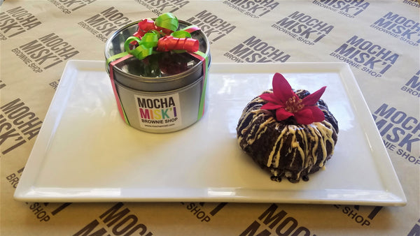 Mocha Misk'i Bundt Brownie Poinsettia