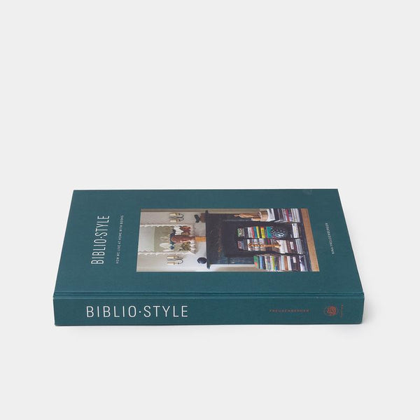 BiblioStyle - How We Live at Home with Books  by Nina Freudenberger - Home Smith