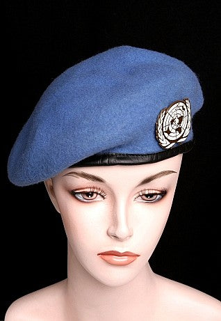 UN  Wool Beret With Insignia