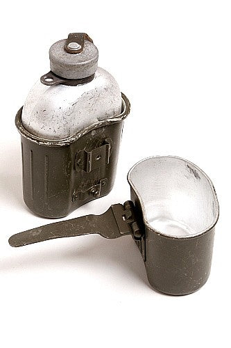 Metal Canteen, Case and Cooker