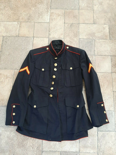 Authentic WWII 1948 USMC Dress Blue Uniform Jacket  - 34S