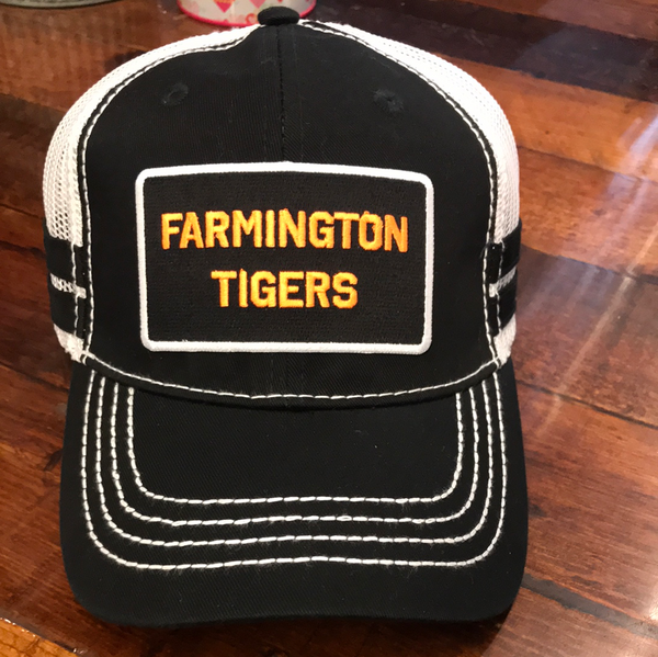 TRUCKER CAP WITH STRIPES