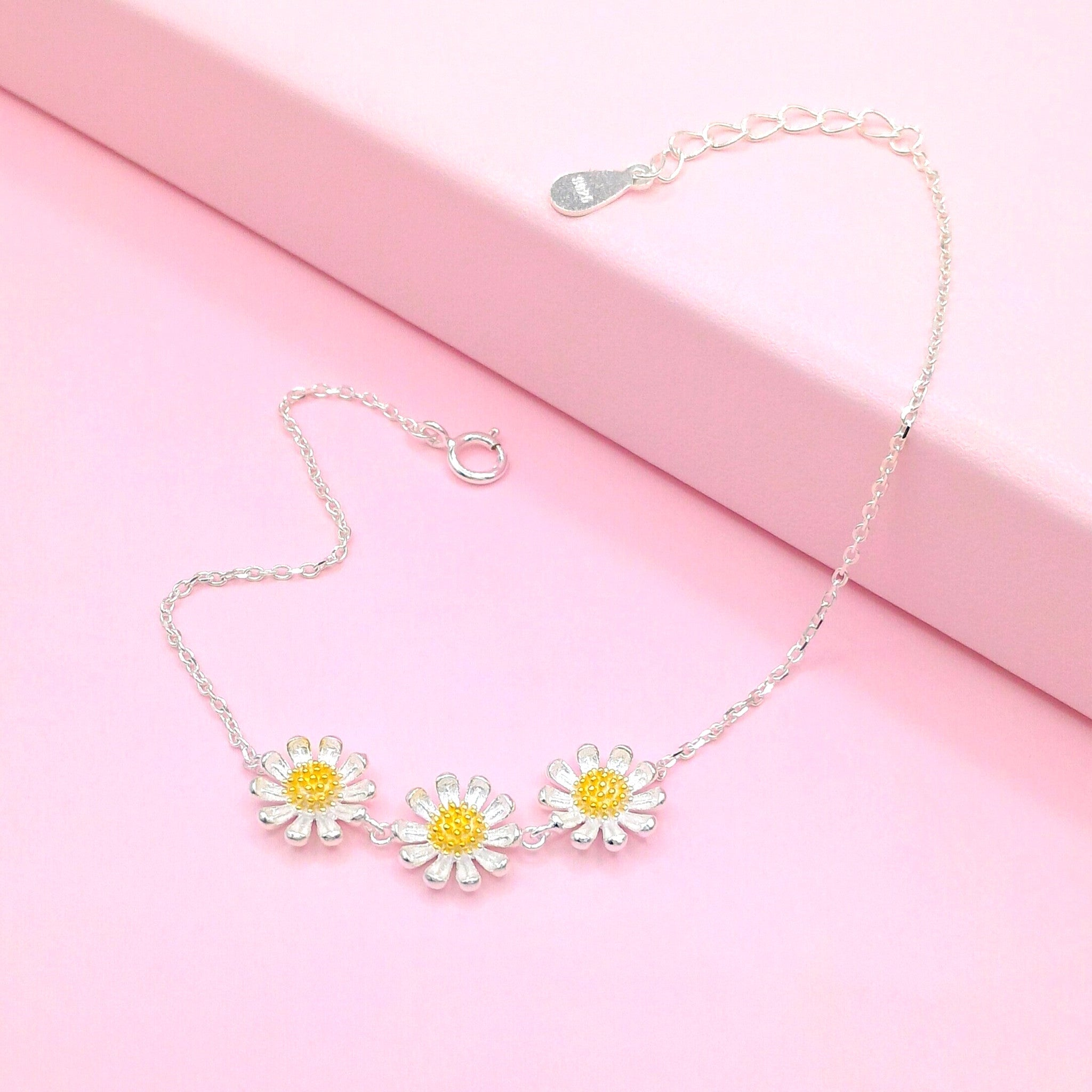 gold us necklace rose choker daisy toned