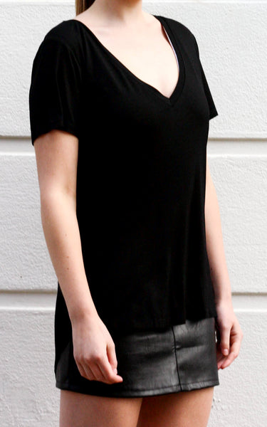 EDIE deep v-neck bamboo tee - Uncle May Women Natural Fabrics Basics Clothing Melbourne